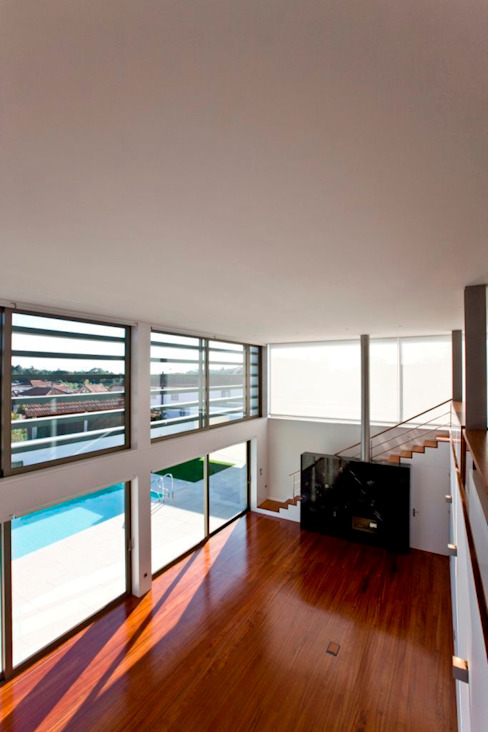 Salon moderne par Atelier d'Arquitetura Lopes da Costa Moderne