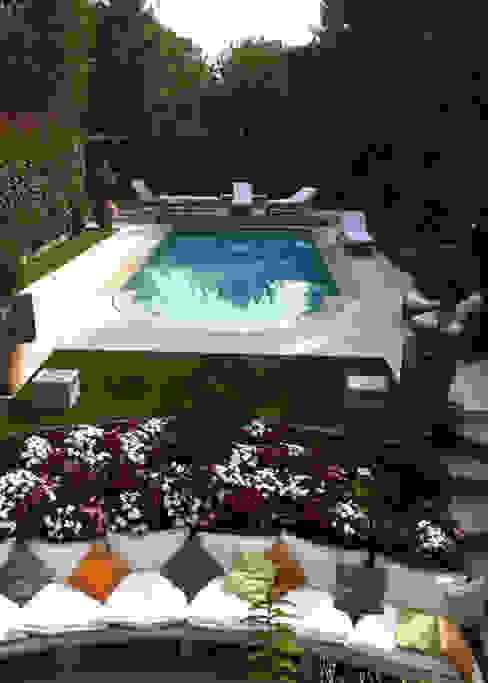 Piscinas modernas por Ravanelli Giardini Moderno