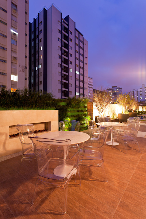Apto Avenida Beiramar Varandas, alpendres e terraços modernos por Mantovani e Rita Arquitetura Moderno