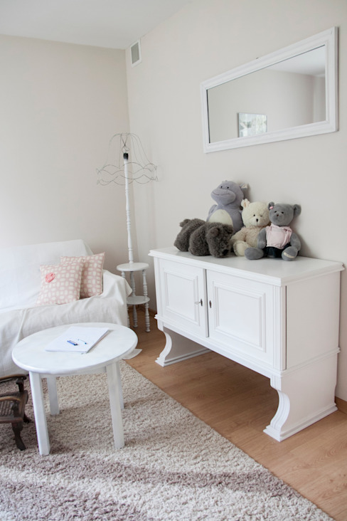 Eclectic style nursery/kids room by A&A Studio Wnętrz Eclectic