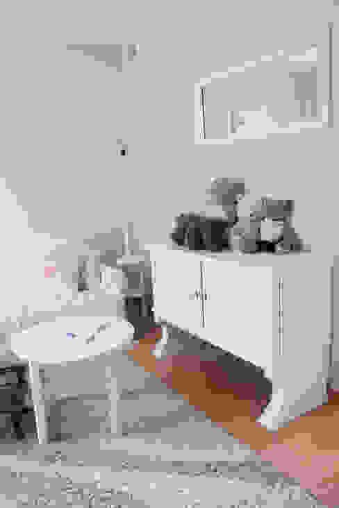 Pokój dziecka Eklektyczny pokój dziecięcy od A&A Studio Wnętrz Eklektyczny