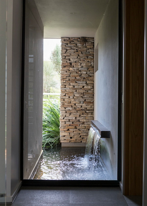 House in Blair Atholl Nico Van Der Meulen Architects 花園泳池與池塘
