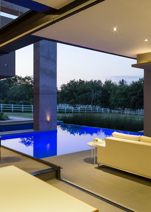 House in Blair Atholl Nico Van Der Meulen Architects Modern Pool