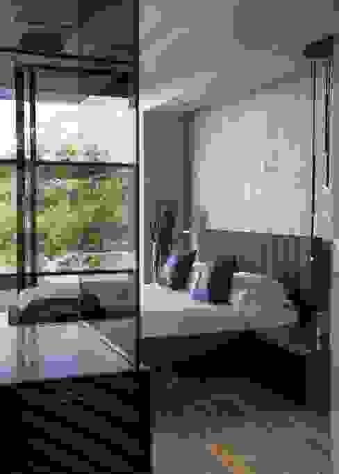 ห้องนอน by Nico Van Der Meulen Architects