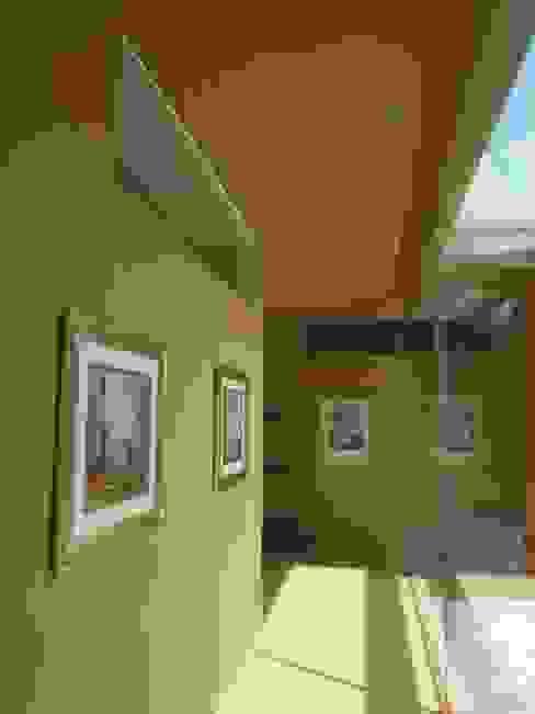 Glaskorridor Studio Baumann