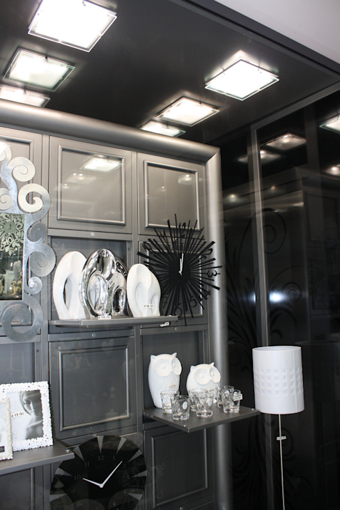 vetrina dinamica Interior Design Stefano Bergami Spazi commerciali moderni