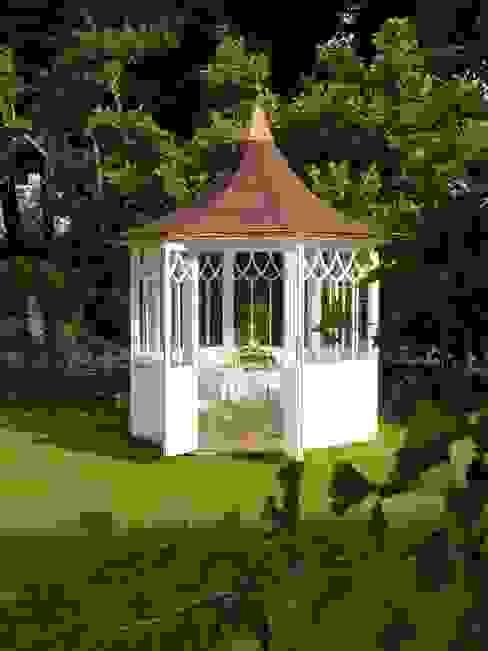 Asian style garden by WOGA Gartenpavillon Asian