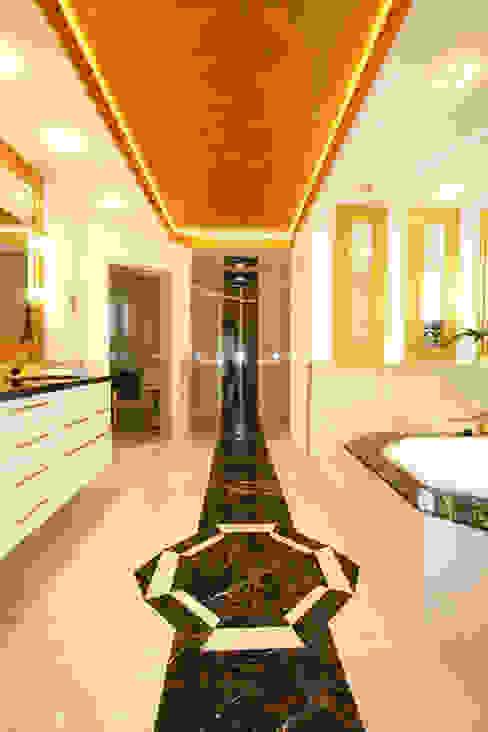 Ein ganz besonderes Badezimmer Ausgefallene Badezimmer von Design Manufaktur GmbH Ausgefallen
