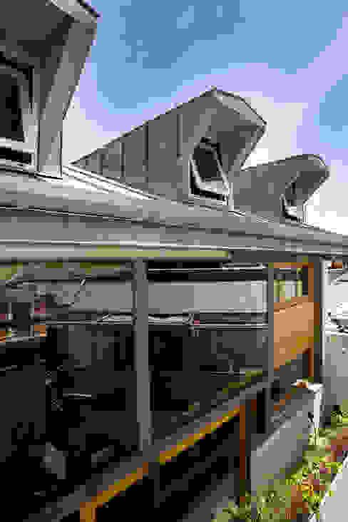 LOFT ATOCHA. Madrid Balcones y terrazas de estilo industrial de Beriot, Bernardini arquitectos Industrial