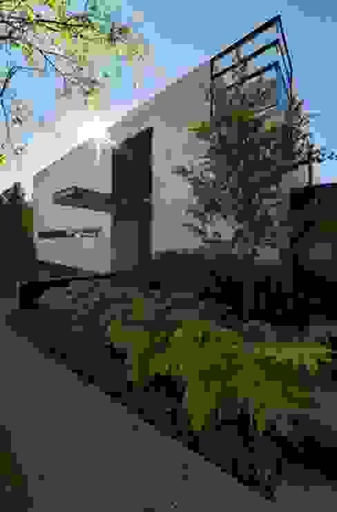 Minimalistische Häuser von grupoarquitectura Minimalistisch
