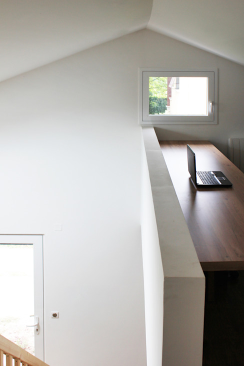 MAISON EYS Bureau moderne par BIENSÜR Architecture Moderne