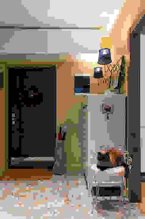 Квартира в ЖК Новая Скандинавия: Коридор и прихожая в . Автор – projectorstudio,