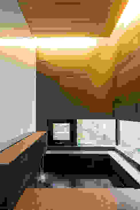 浴室-1 モダンスタイルの お風呂 の 一級建築士事務所 Atelier Casa モダン