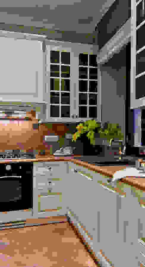 La provenza Italiana - Design degli interni della Villa a Rapallo Cucina in stile mediterraneo di NG-STUDIO Interior Design Mediterraneo