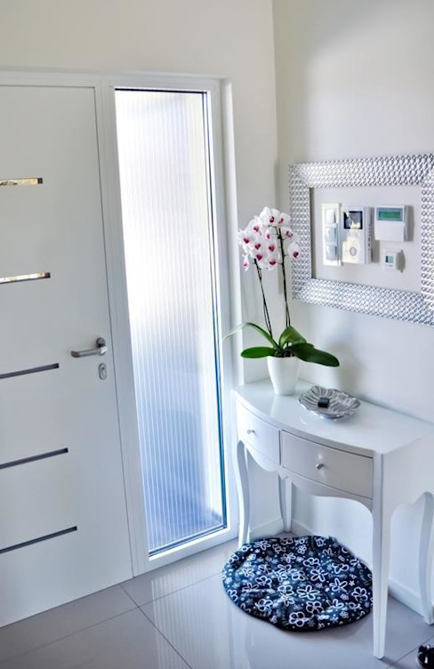 Classic style bathroom by Abakon sp. z o.o. spółka komandytowa Classic