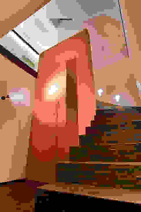 Modern Corridor, Hallway and Staircase by wirges-klein architekten Modern