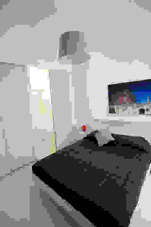 Habitaciones de estilo  por Pamela Tranquilli Interior Designer , Minimalista