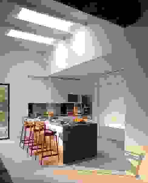 Kitchen Cocinas de estilo mediterráneo de TG Studio Mediterráneo