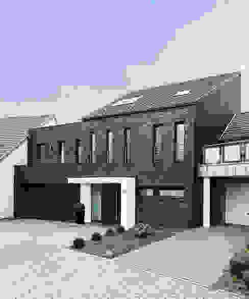 Geschickt Eingefädelt Moderne Häuser von Architektur I Stadtplanung Verhoeven Modern
