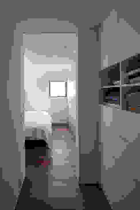 Casas de banho  por 設計事務所アーキプレイス, Moderno