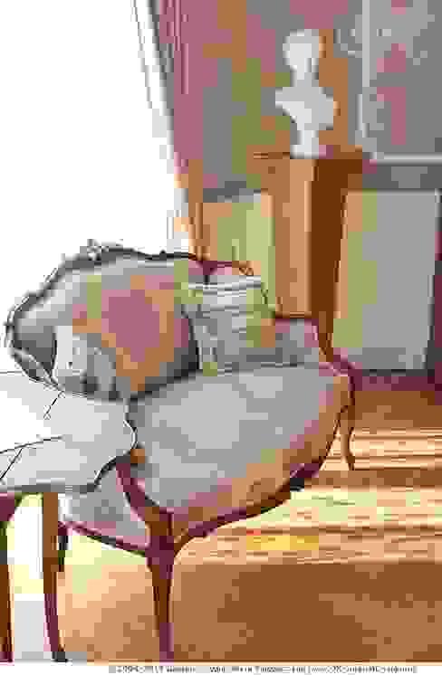 Антикварные вещи в интерьере дома от Дизайн студия Ольги Кондратовой Классический