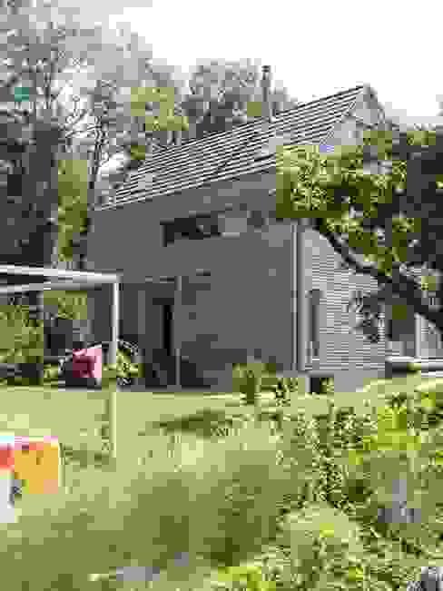 Casas modernas por WERKHAUS Architekten Ingenieure Moderno