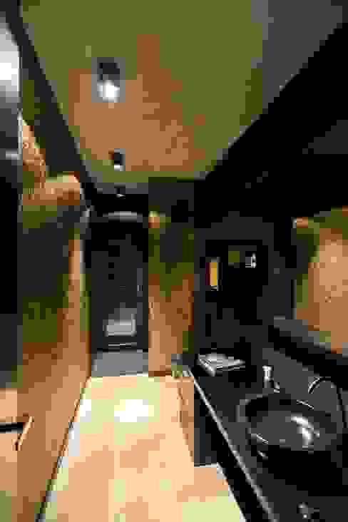 Banheiros modernos por aprikari gmbh & co. kg Moderno