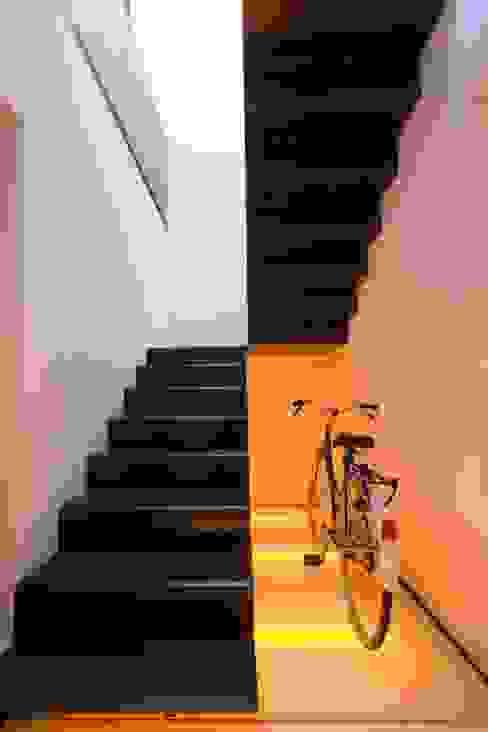 modern  by SOLER-MORATO ARQUITECTES SLP, Modern
