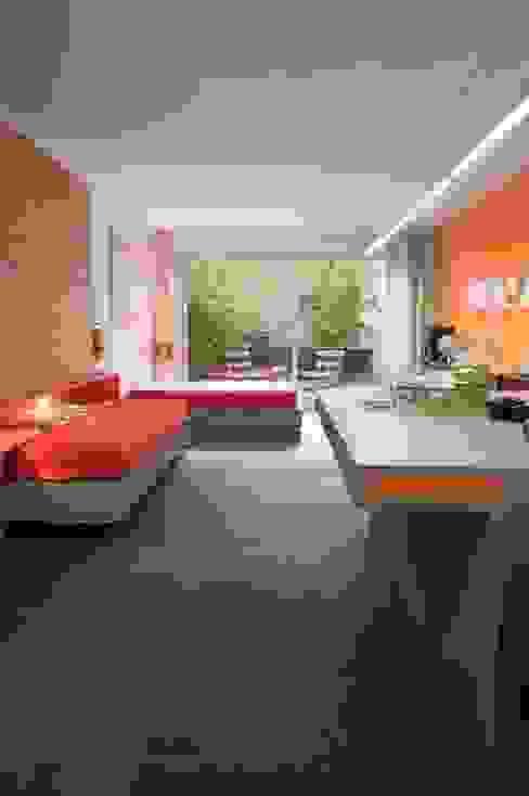 Moderne Schlafzimmer von SOLER-MORATO ARQUITECTES SLP Modern