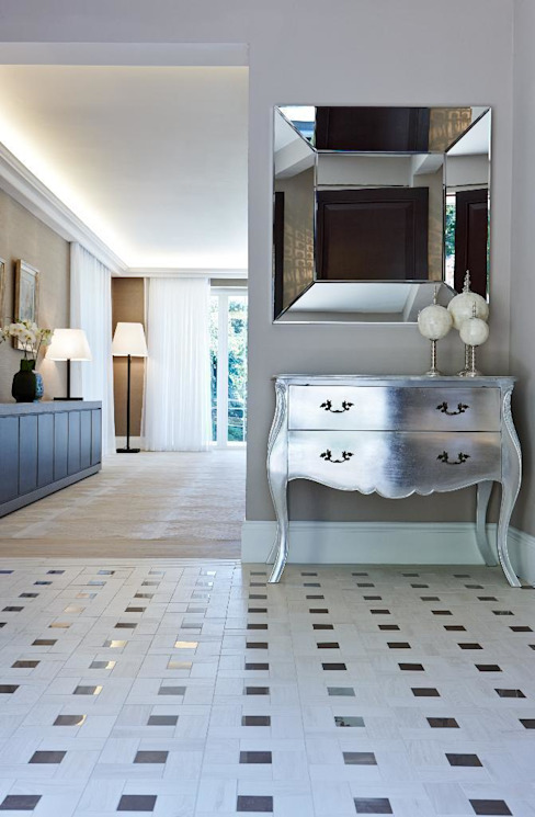 Virginia Water Classic style corridor, hallway and stairs by Keir Townsend Ltd. Classic