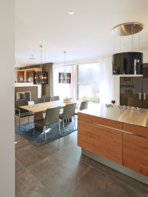 Bauhaus-Villa Avantgarde 200 von Rötzer Ziegel Element Haus Moderne Esszimmer von Rötzer Ziegel Element Haus GmbH Modern