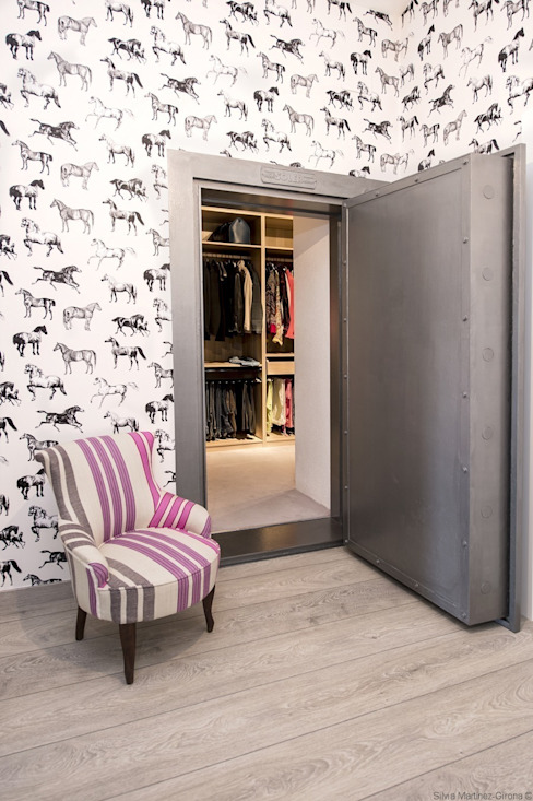 IN PLACE Closets por La Maison Barcelona Moderno
