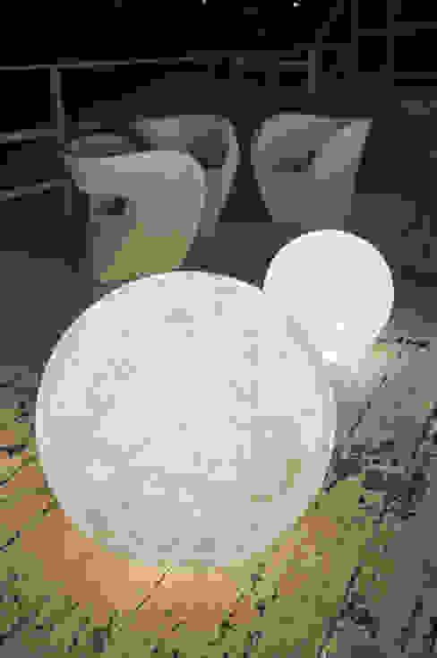 Ex moon di in-es.artdesign Moderno