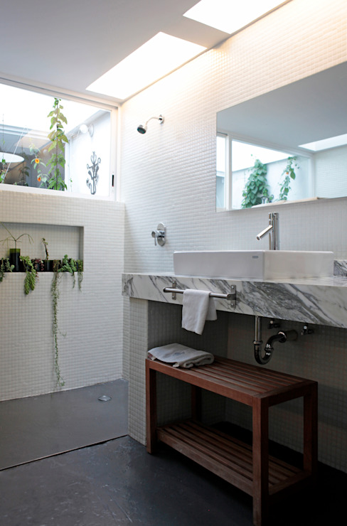 DF ARQUITECTOS Modern bathroom