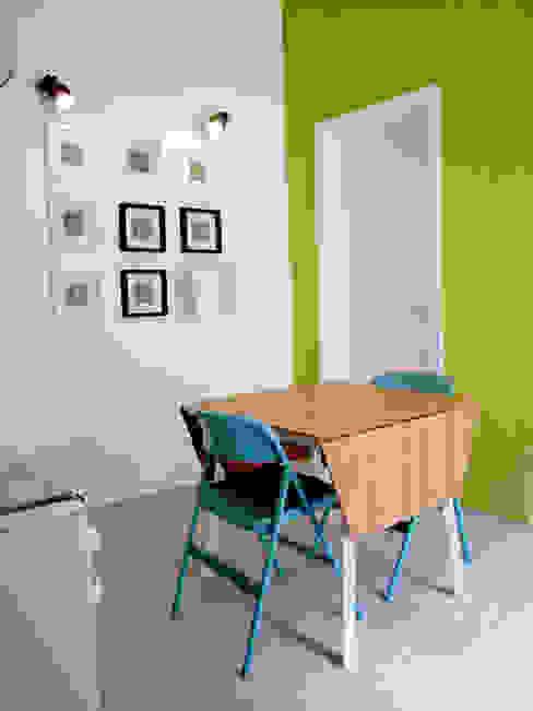 Moderne Wohnzimmer von Studio Proarch Modern