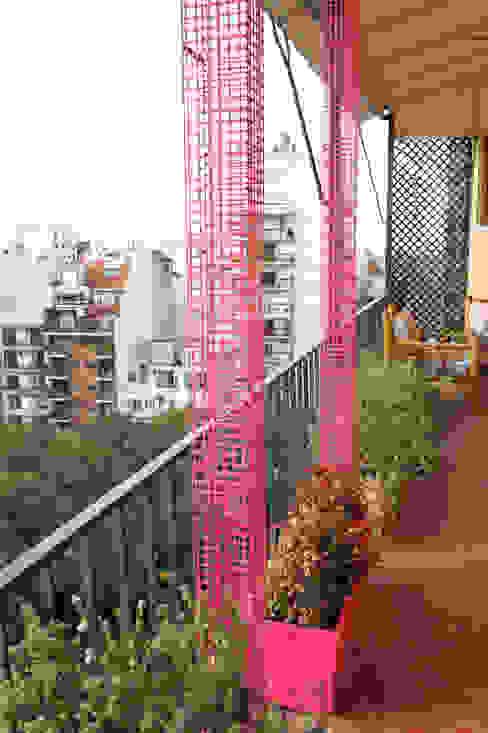 Terrace by Estudio Nicolas Pierry: Diseño en Arquitectura de Paisajes & Jardines