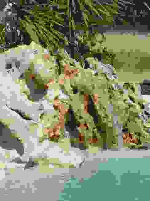 PISCINA IN ROCCE NATURALI di MASSIMO FABBRO Mediterraneo