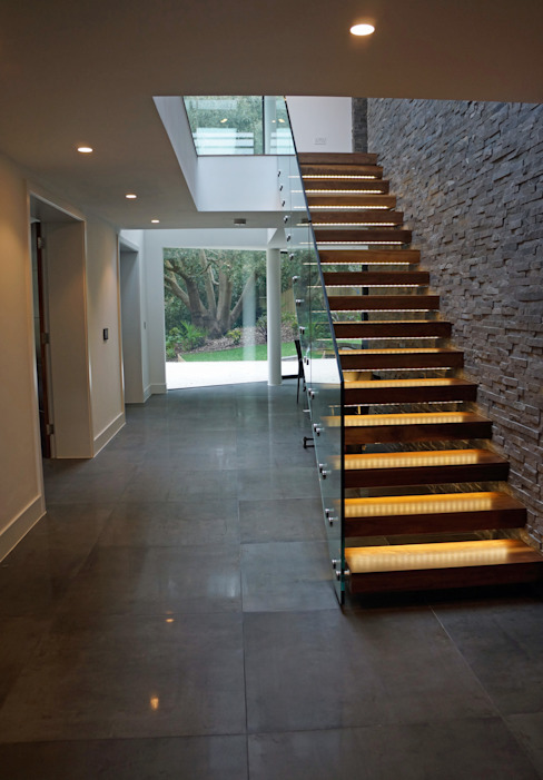 Nairn Road, Canford Cliffs Modern corridor, hallway & stairs by David James Architects & Partners Ltd Modern