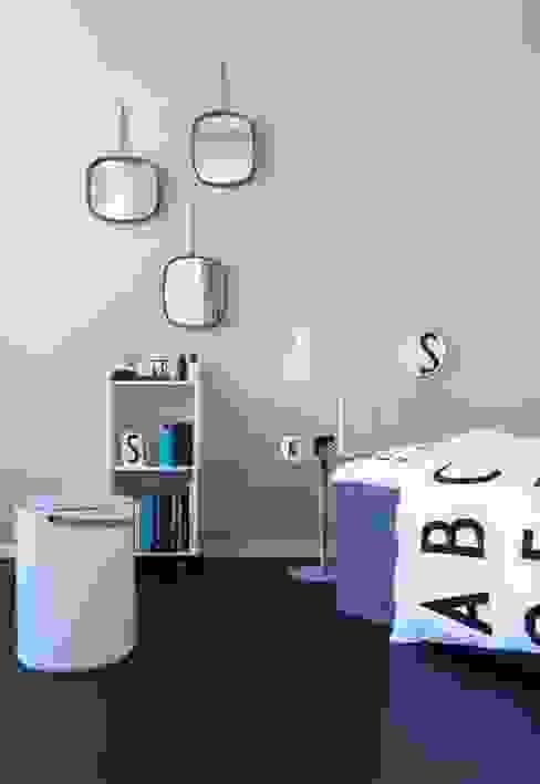 Design Letters ミニマルスタイルの 寝室 の Design Letters ミニマル