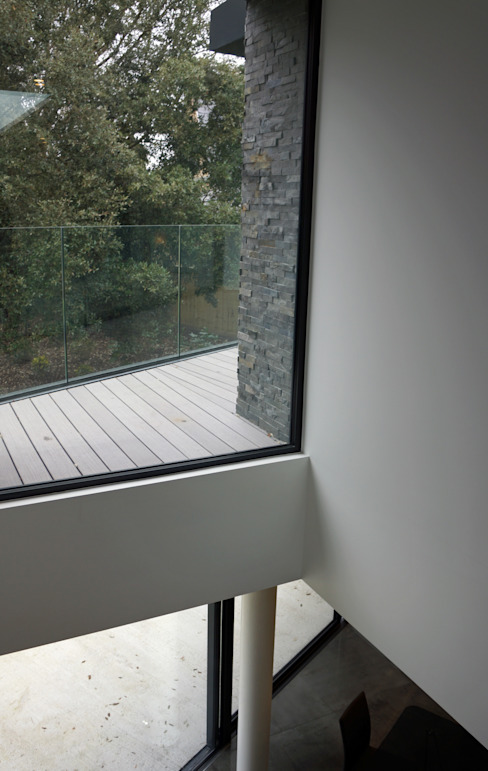 Nairn Road, Canford Cliffs Paredes e pisos modernos por David James Architects & Partners Ltd Moderno