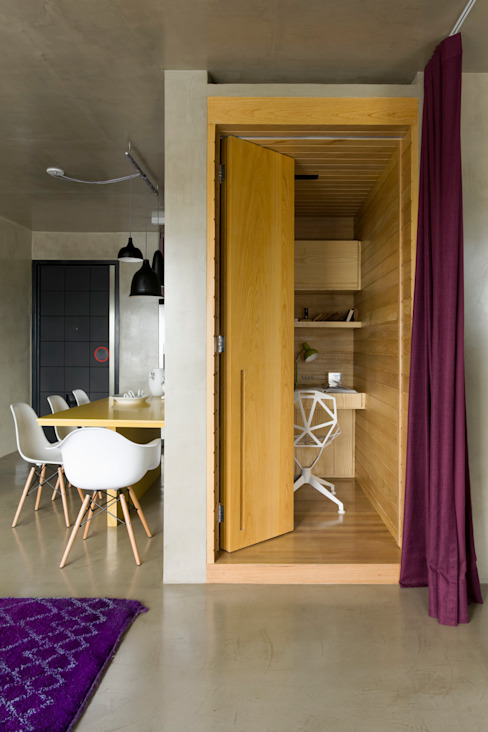 Modern Study Room and Home Office by DIEGO REVOLLO ARQUITETURA S/S LTDA. Modern