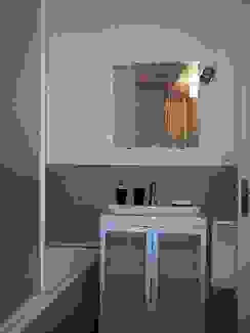 Salle de bain Après Travaux - Vue 13 par Aparté conseils Moderne