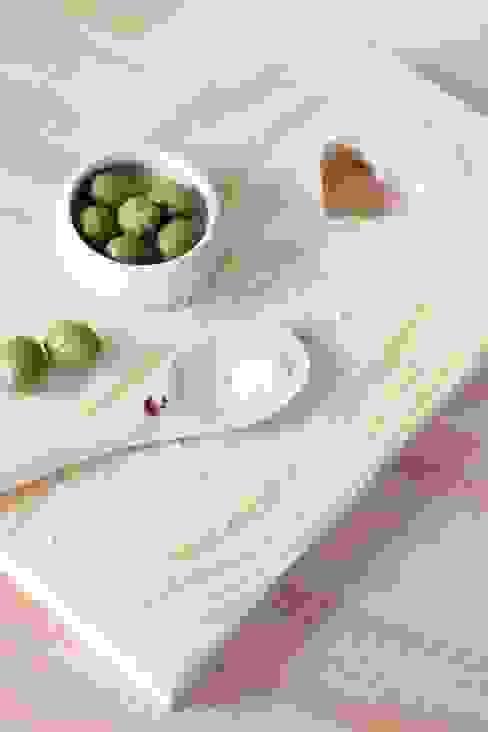 Colher de pau: Cozinha  por Maria Tigela,