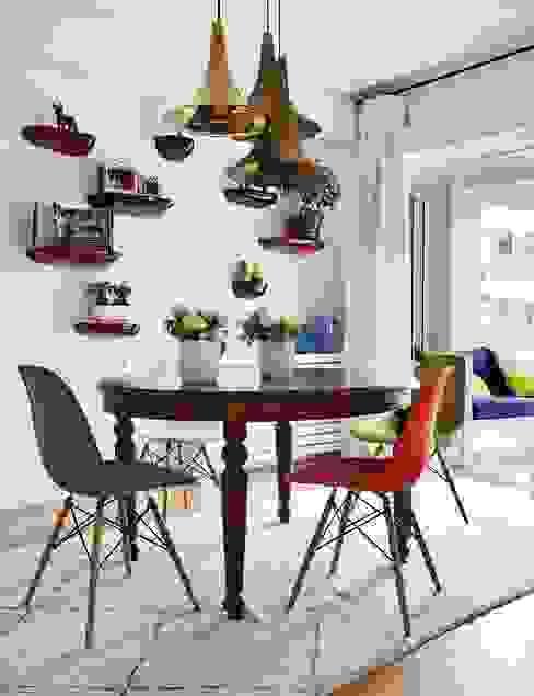 Dining room by Bescos-Nicoletti Arquitectos