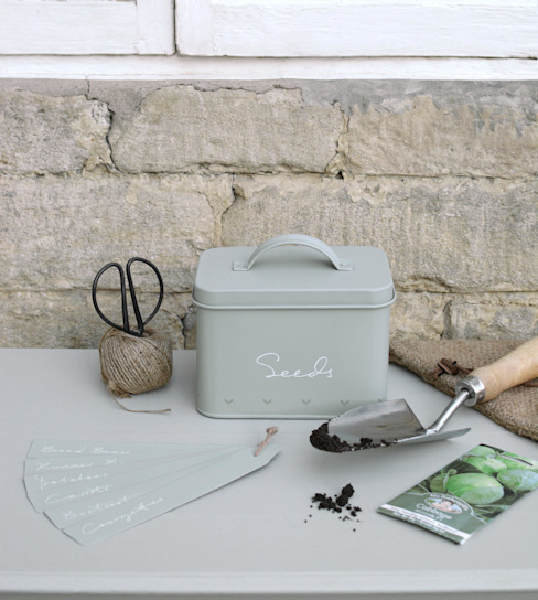 country  by Sophie Allport, Country
