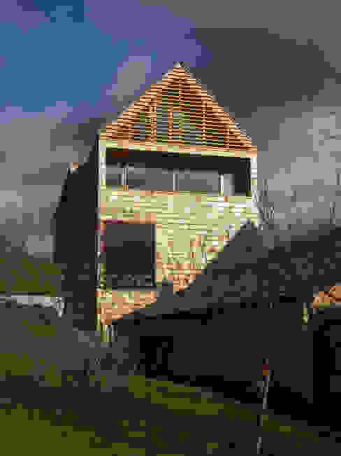 Wohnhaus in Gengenbach Moderne Häuser von lehmann_holz_bauten Modern