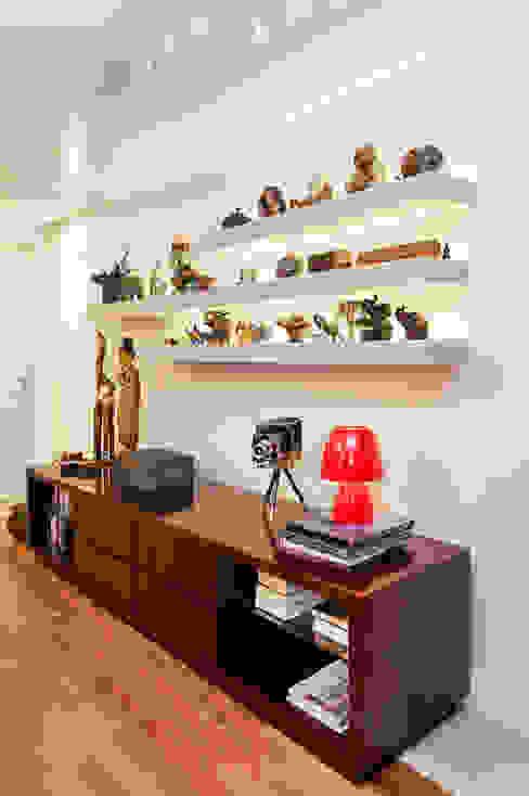 Apartamento Mont Serrat 2 - Porto Alegre - RS Salas de estar modernas por Mundstock Arquitetura Moderno