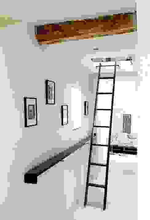 Comment cacher une échelle? par Atelier d'Ersu & Blanco Moderne