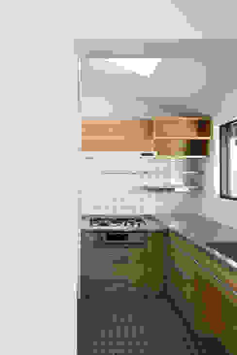 山田伸彦建築設計事務所 Cozinhas modernas