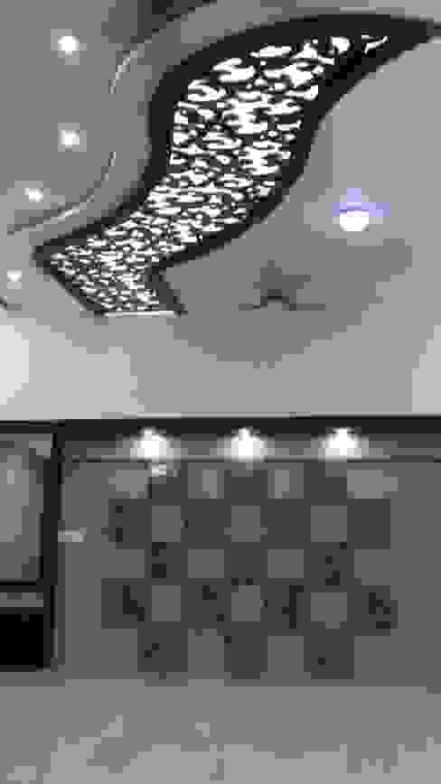 LALIT KUMAR FULWANI Modern living room by MAA ARCHITECTS & INTERIOR DESIGNERS Modern